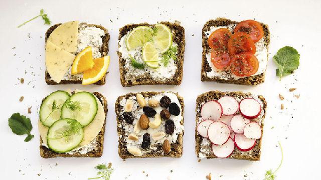 Comer este alimento antes de dormir é bom para a saúde (e não engorda)