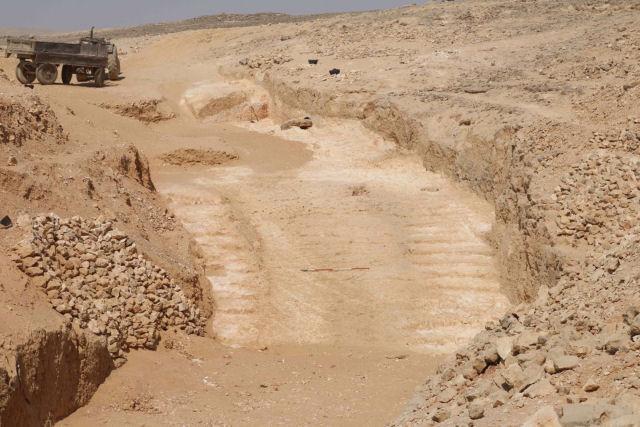 Descobrem como os antigos egípcios moviam as enormes rochas com as quais construíram as pirâmides